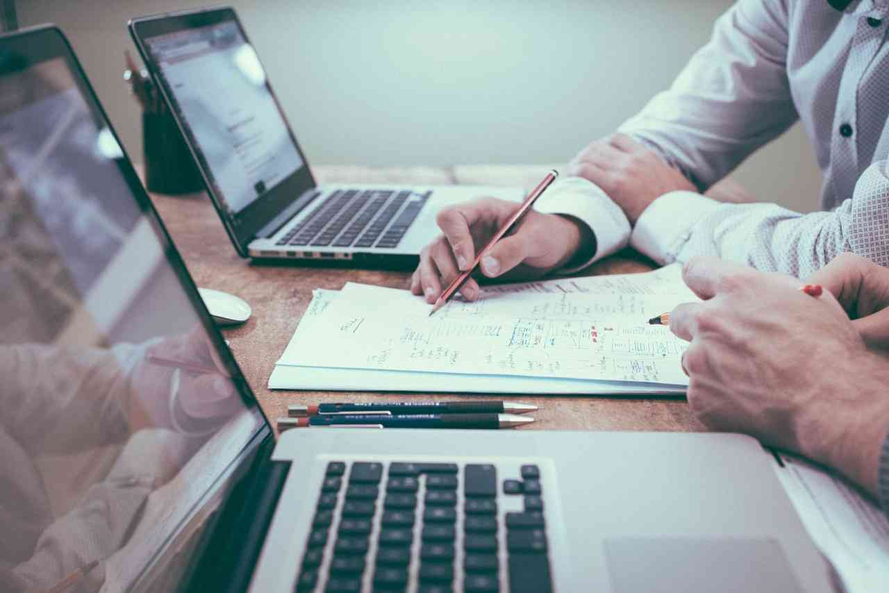 peran teknologi dalam bisnis